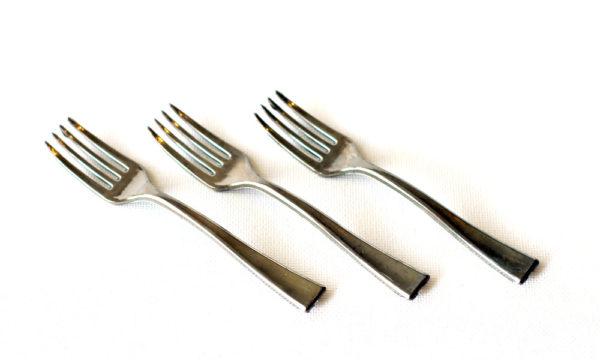 Metallic look silver mini fork 10cm